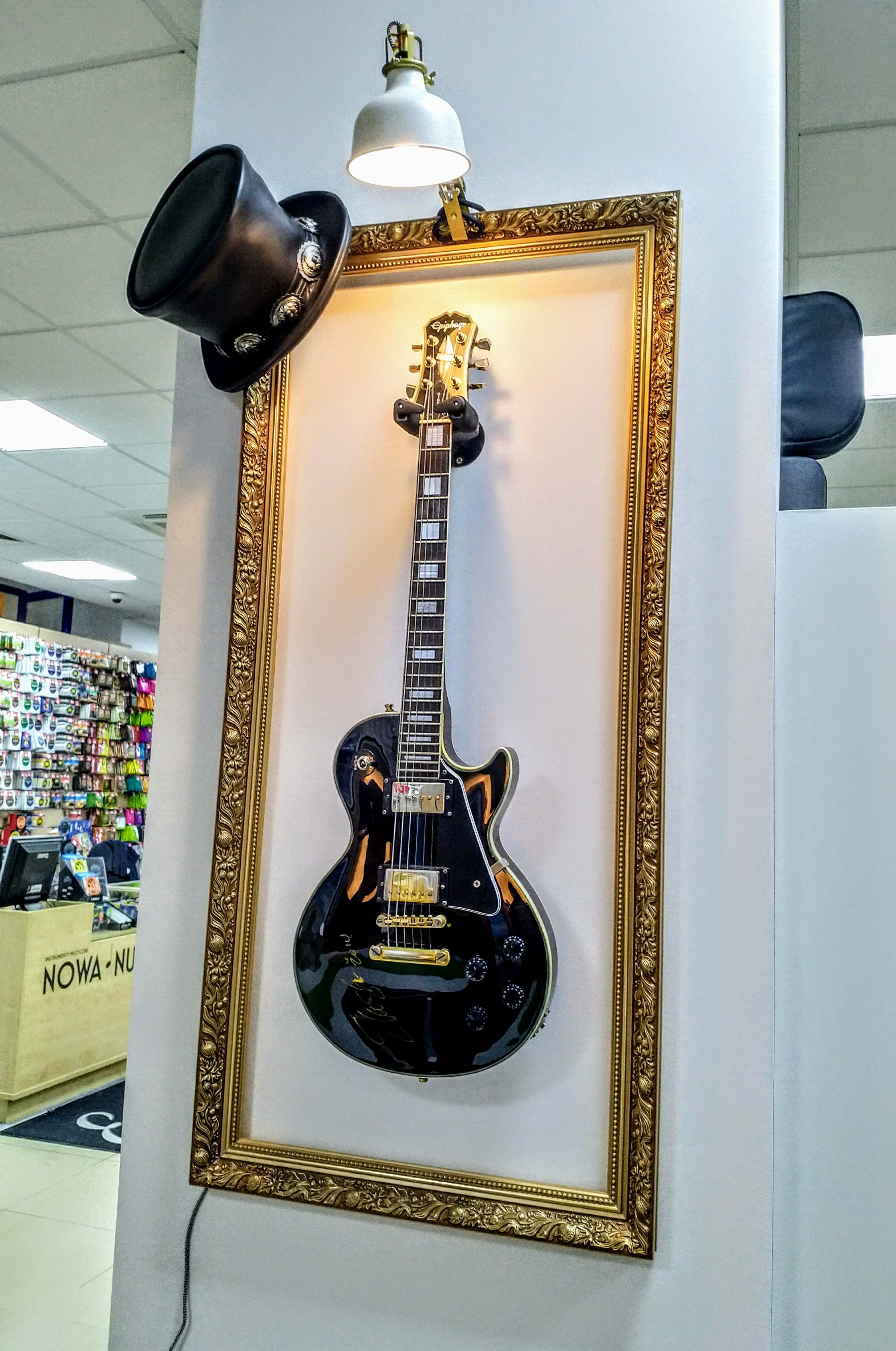 this is a great way to expose the guitar in an unusual way on guitar wall hangers id=13040