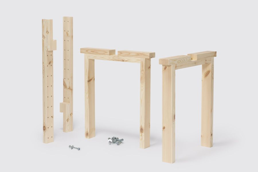 Lu (Marc Morro, 2015): a removable table structure with adjustable length.