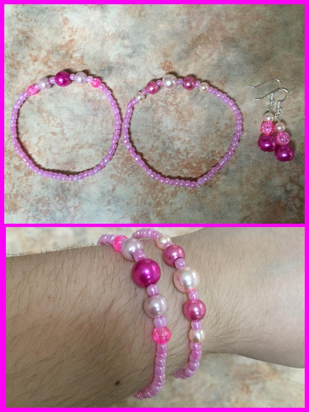 Par de pulseras y aretes de chaquiron y perlas (rosa)