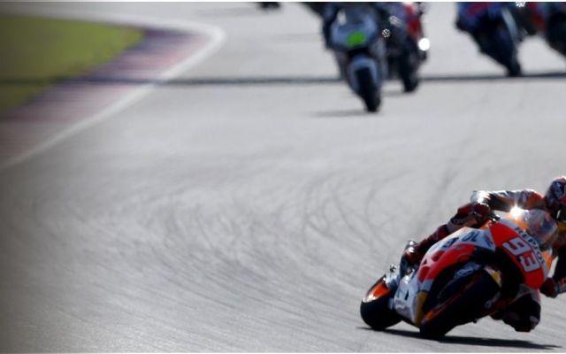 MotoGP Argentina: dove vedere in diretta streaming le Prove Libere Comincia ufficialmente con la sessione di prove libere la seconda tappa del mondiale di MotoGP 2016 in Argentina, sul circuito Termas de Río Hondo. Occhi puntati sul duello tra i due compagni di squa #motogp #valentinorossi