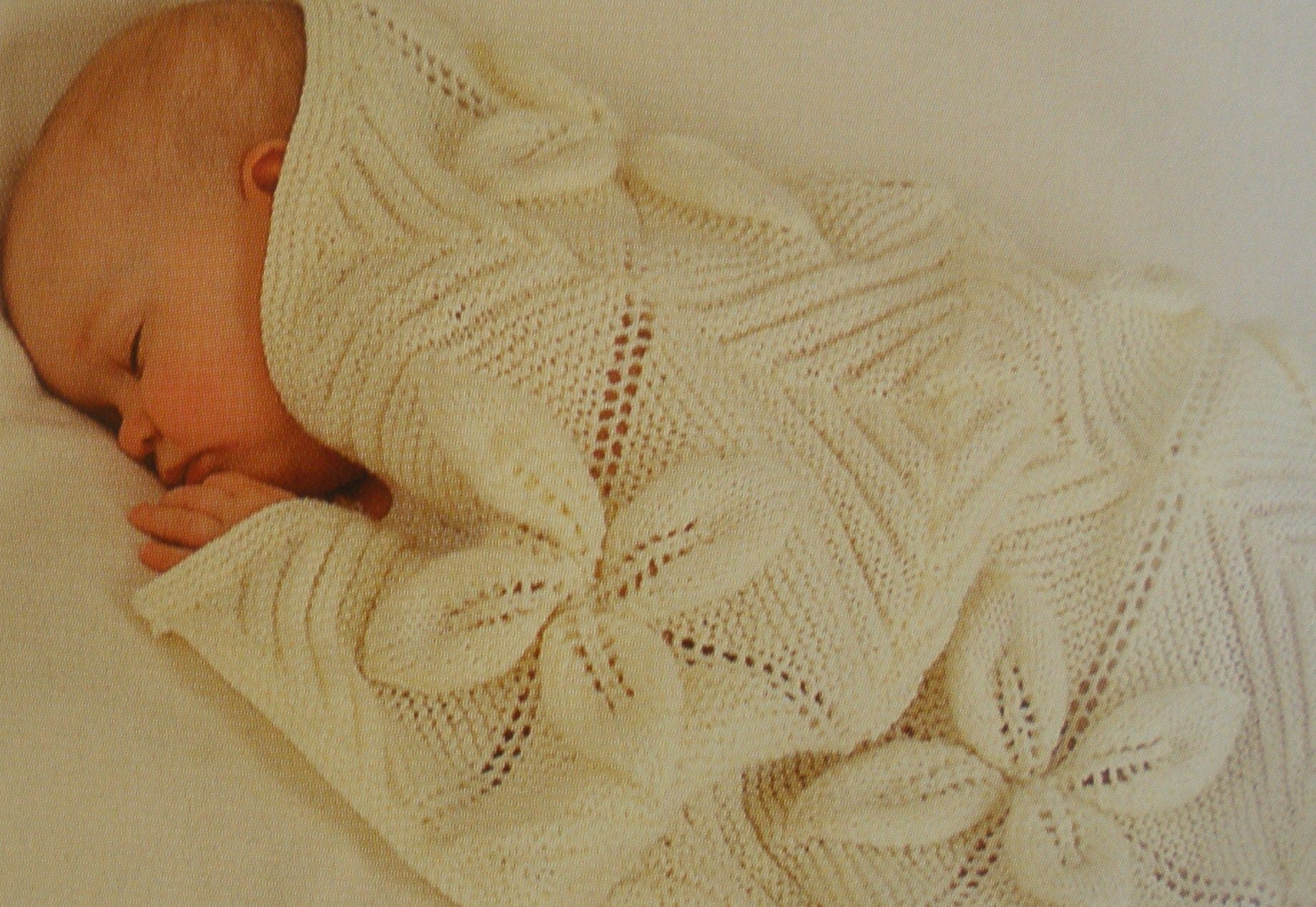 Knitted Leaf Pattern : leaf-square baby blanket Blanket and Leaves