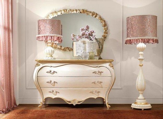 Arredare una camera da letto romantica - Credenza romantica per la ...