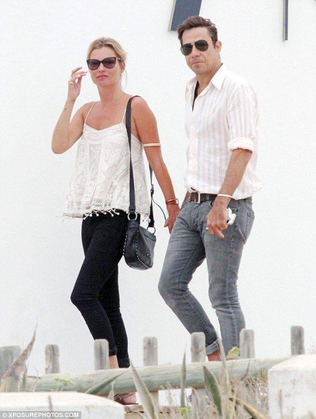 Imagen pareja de guapos