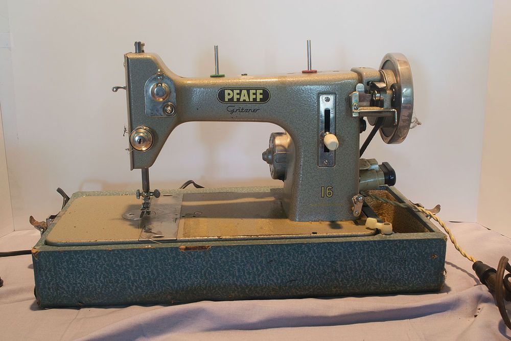 Vintage Pfaff Gritzner 40 Sewing Machine With Case Sewing Machine Impressive Husqvarna Sewing Machine Repairs Melbourne