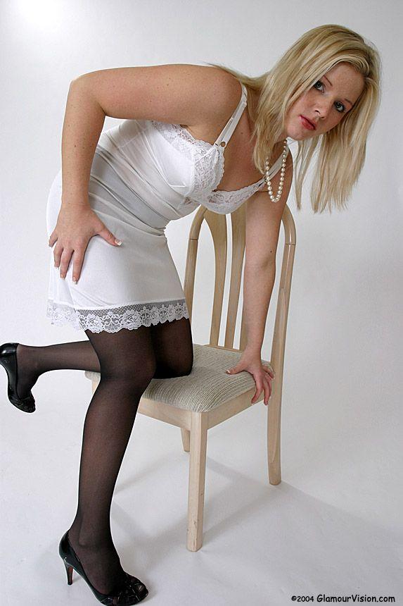 foto de Pin on silky white& red half slips