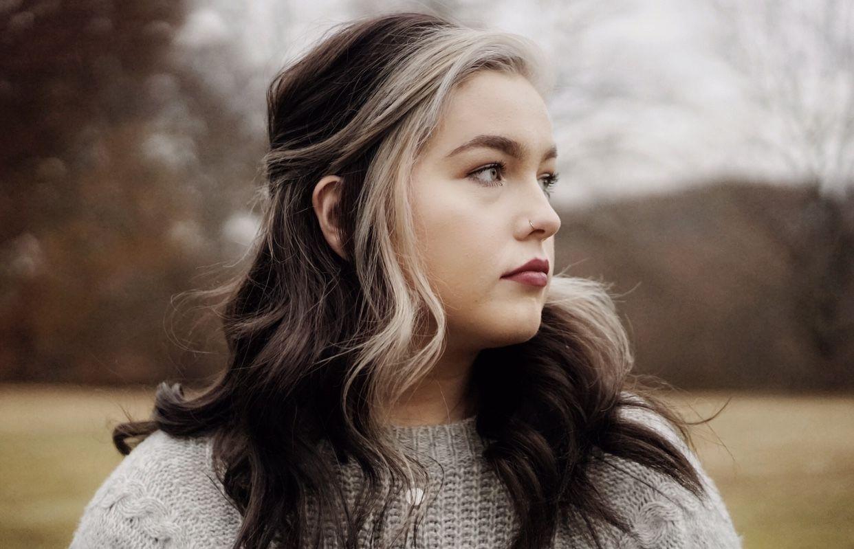 Silver Hair Ig Arryngton In 2020 Aesthetic Hair Hair Balayage Hair