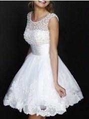 Plain Pearl Charming Round Neck Party Dress