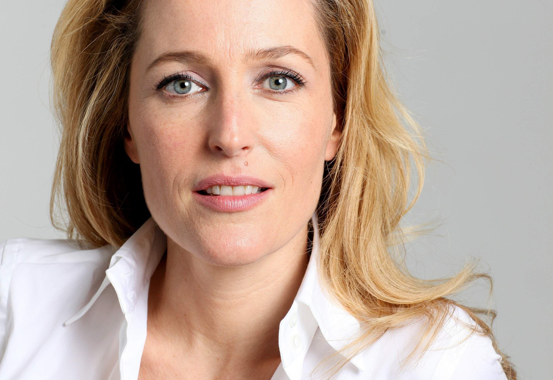 Gillian Anderson (born 1968 (American-British Gillian Anderson (born 1968 (American-British new pictures