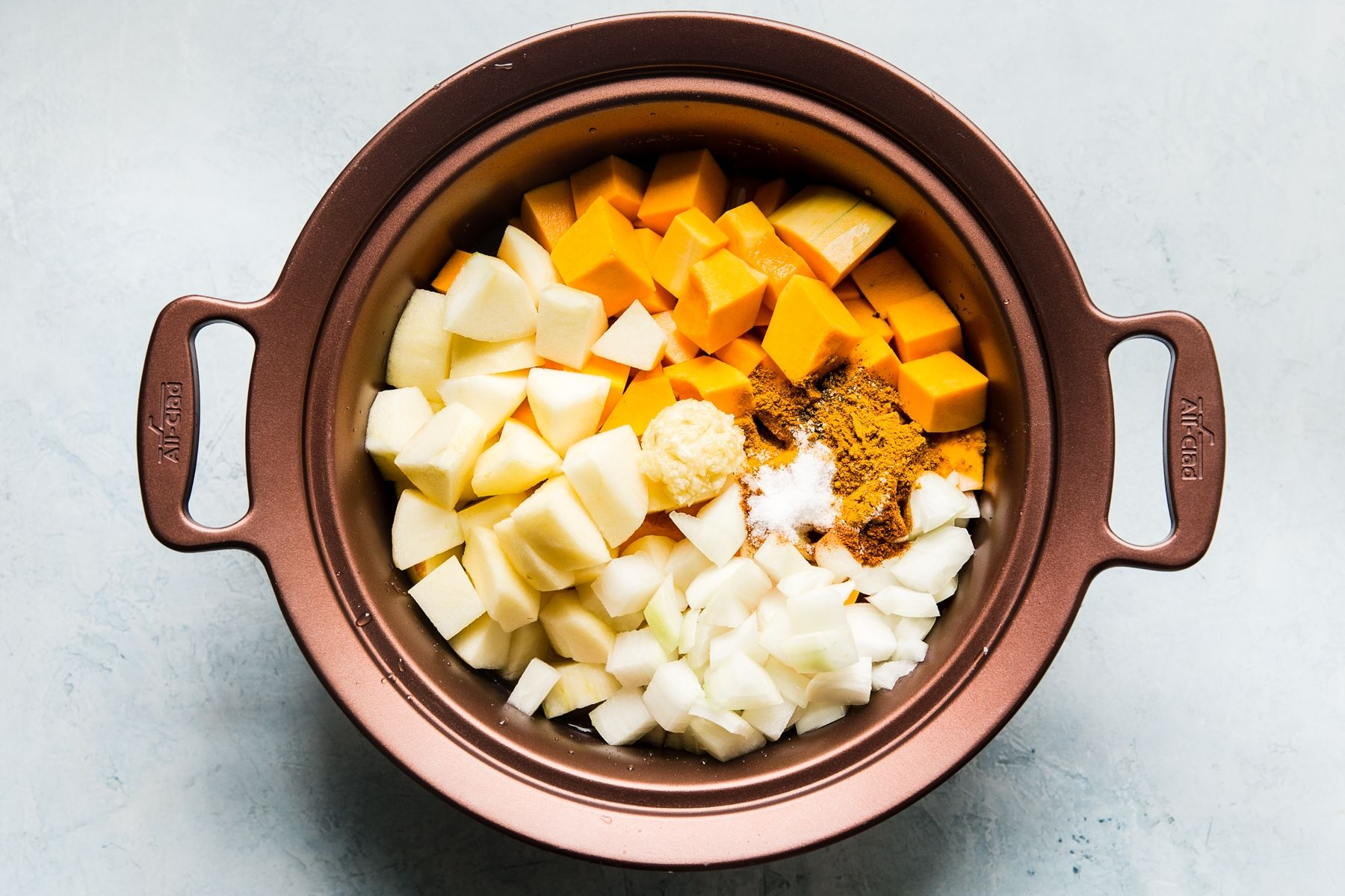 Slow-Cooker Butternut Squash Soup #butternutsquashsoup