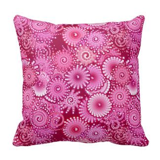 Magenta Pink Burgundy Fractal Pattern Cushion.