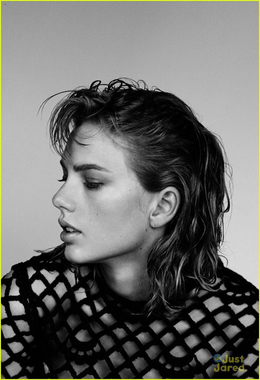 Taylor Swift's Beautiful Blue Eyes Take the Spotlight on 'Wonderland' Cover