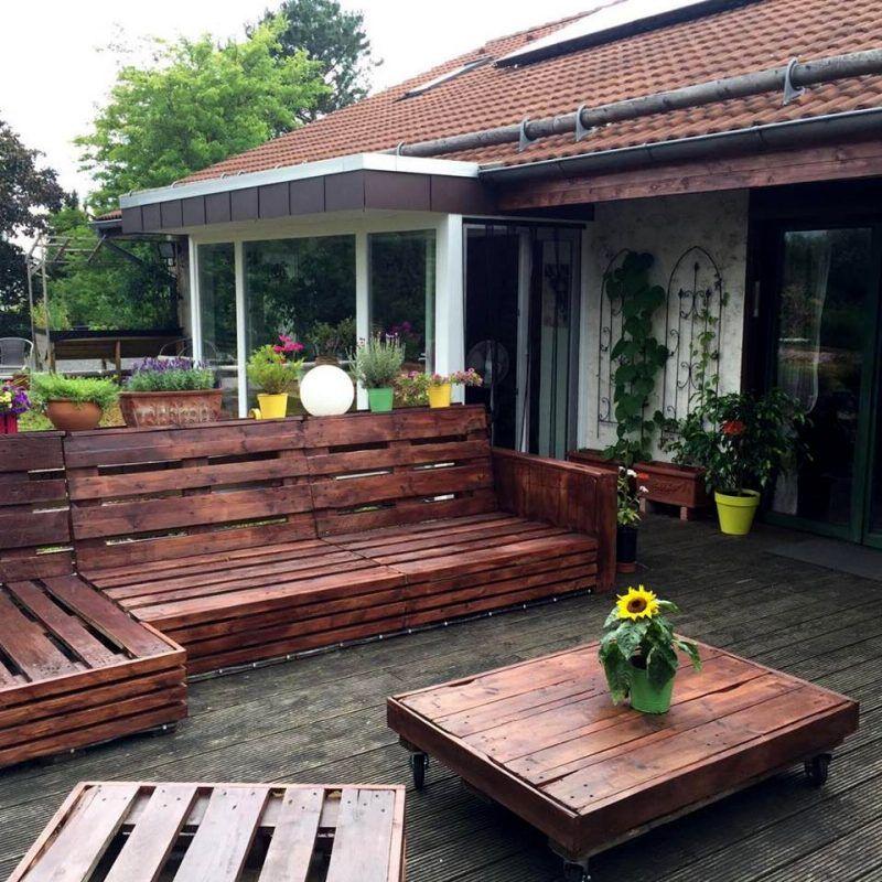 Gartenm bel aus paletten selber bauen tisch aus paletten couch aus paletten palettenm bel - Gartenmobel aus paletten selber bauen ...