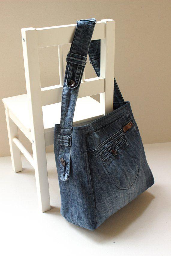 Bolso de mezclilla reciclado, diseño reciclado, listo para llevar, bolso de vagabundo, jeans, bolso de mezclilla, bolso de hombro, bolso de mezclilla azul marino, código de reciclaje: Tania-01