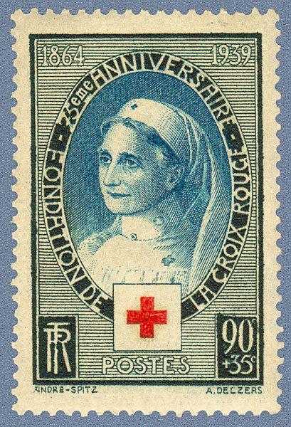 ☤ MD ☞☆☆☆ Zoom sur le timbre «75ème anniversaire de la fondation - de la Croix-Rouge 1864 - 1939 Croix-Rouge française», 1939. Le timbre représente Mlle Gervais, infirmière à l'Hôpital du Mont des Oiseaux pendant la première guerre mondiale.