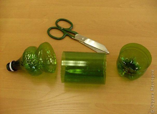 23 id es de recyclage de bouteilles plastiques projets essayer pinterest plastic bottles. Black Bedroom Furniture Sets. Home Design Ideas