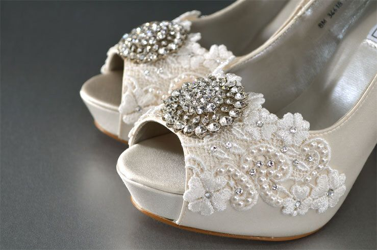 Wedding Shoes - Womens Wedding Heels, Women's Bridal Shoes- Mother of the Bride Shoes- Womens Shoes- Wedding Shoes Accessories by Pink2Blue on Etsy https://www.etsy.com/listing/187447758/wedding-shoes-womens-wedding-heels