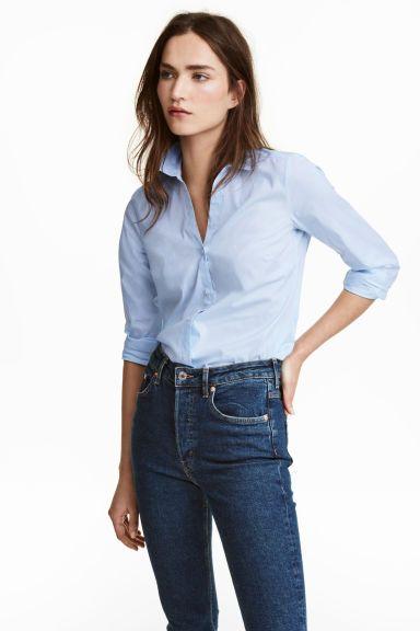 a3a18d82f57 V-neck shirt - Light blue - Ladies