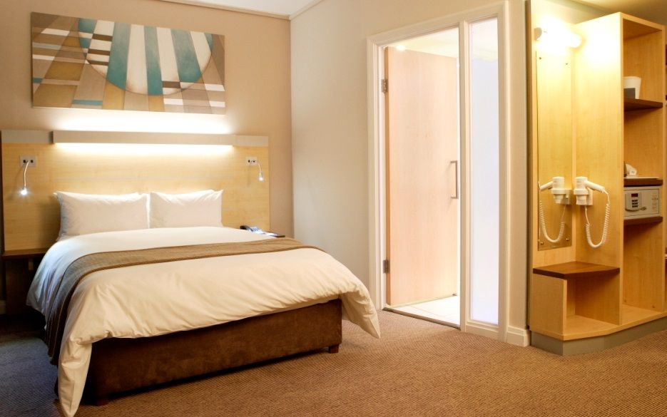 Holiday Inn Express Cape Town City Centre Cheap Hotels Holiday Inn Cape Town Hotels