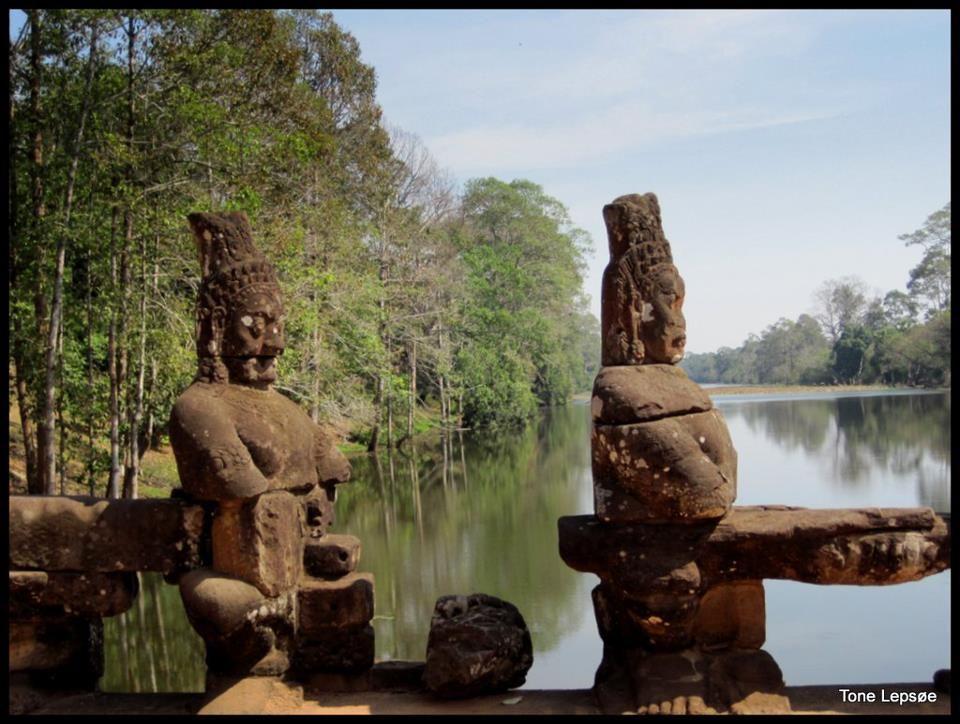 Angkor Wat Cambodia Tone Lepses Pictures  Angkor Wat -7822