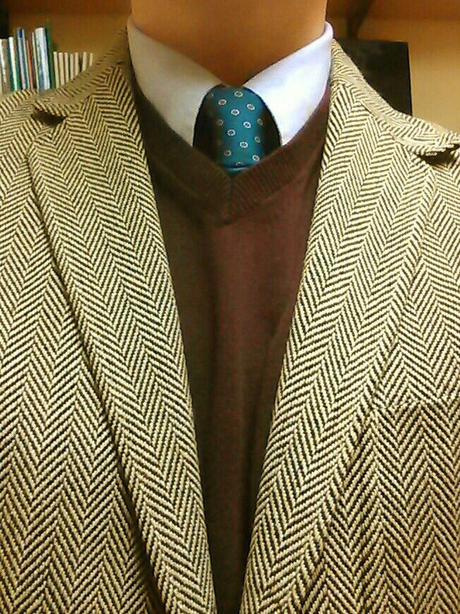 Land's End. Hypnotic herringbone...stare deeply into my lapels...