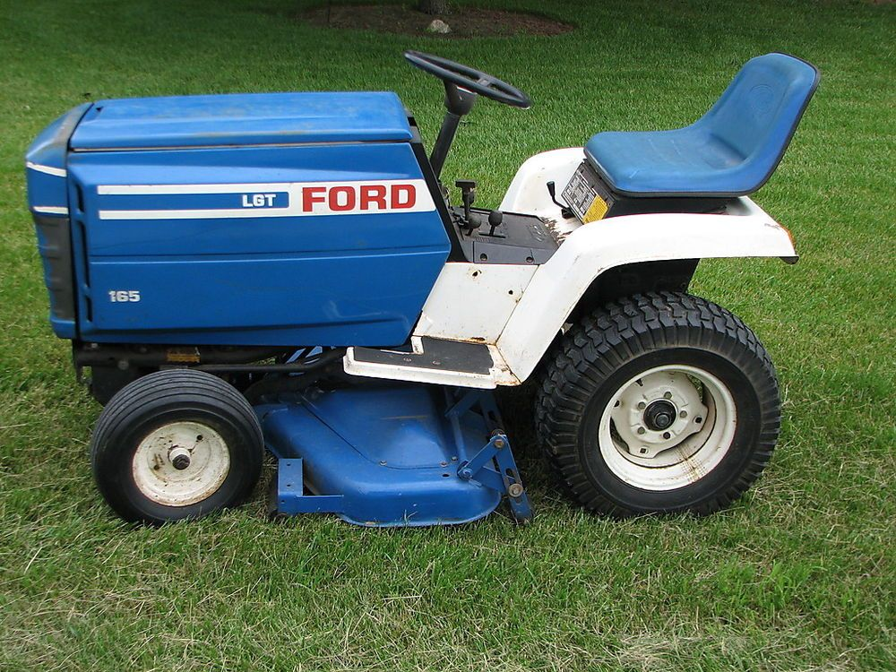 Ford Lgt 165 Lawn Tractor W 42 Mower Deck And A Set Wheel Weights Lawn Tractor Tractors Ford Tractors
