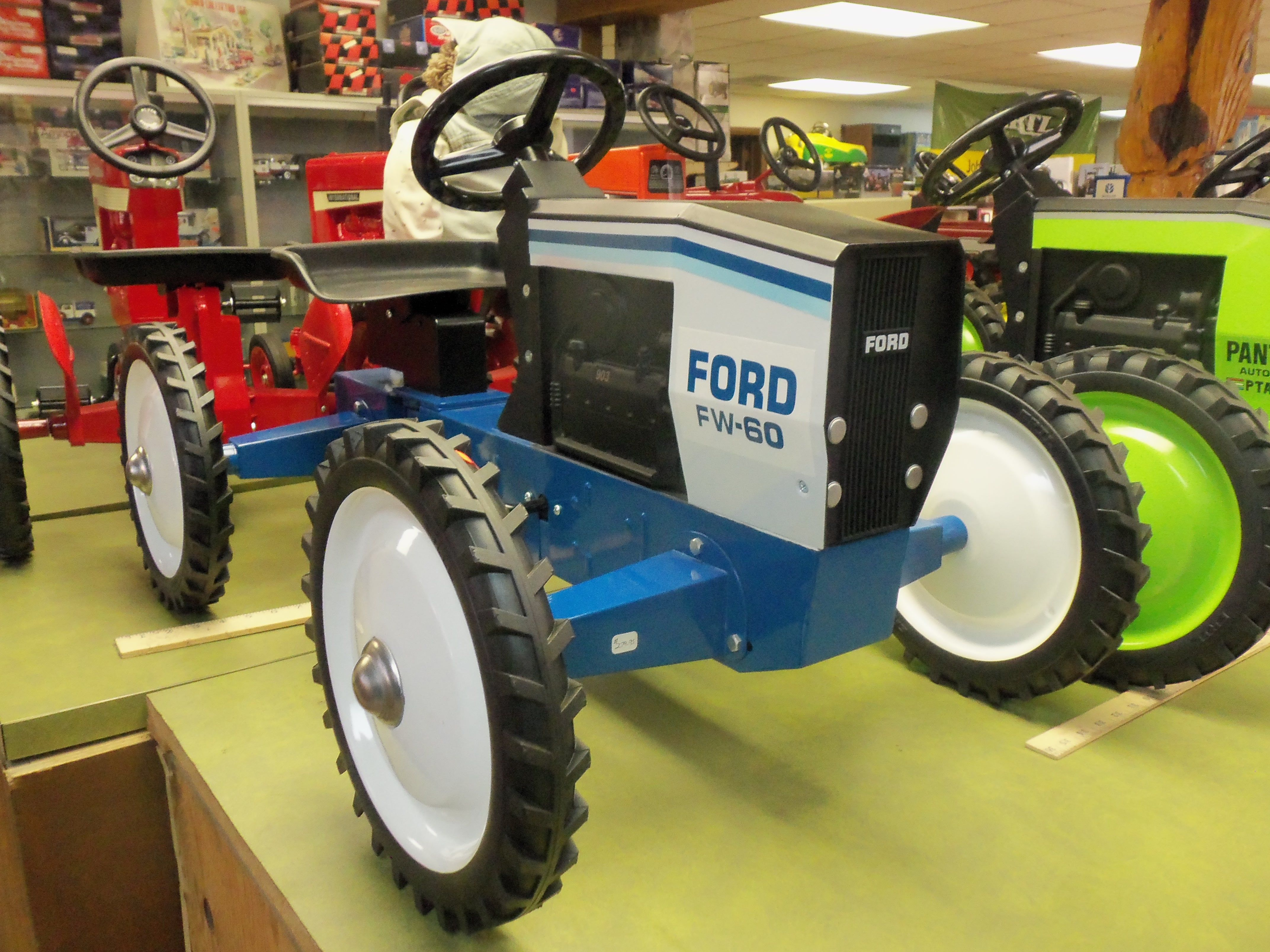 Ford Tractor Cartoon : Ford fw pedal tractor farm construction toys