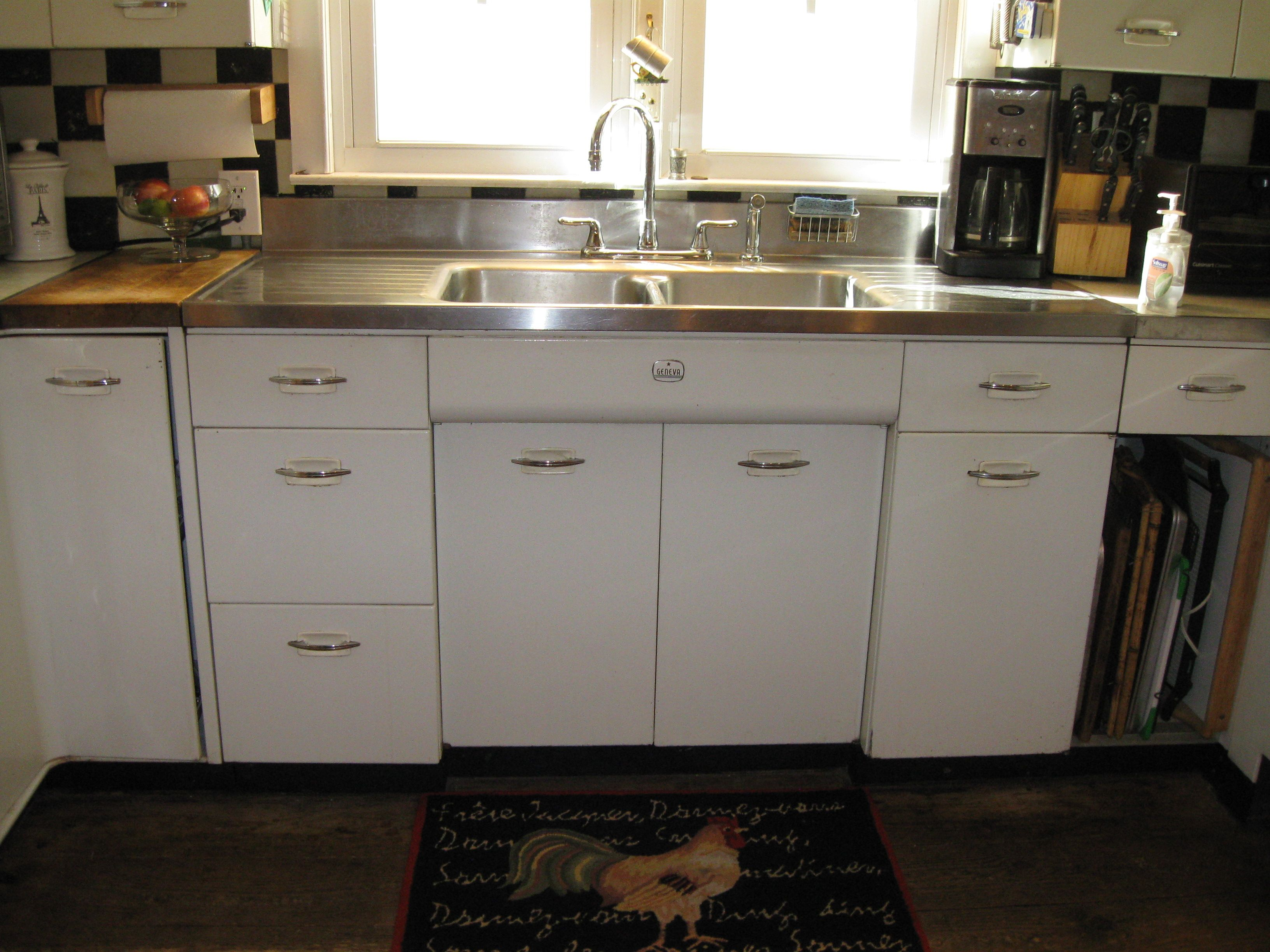 Youngstown Kitchen Sink Cabinet Craigslist - Best Kitchen ...