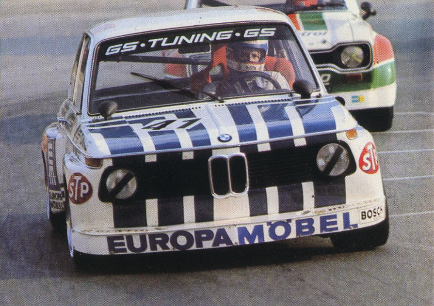 Der GS Tuning-BMW 2002 in Europa Möbel-Lackierung. Müsste 1974 sein ...