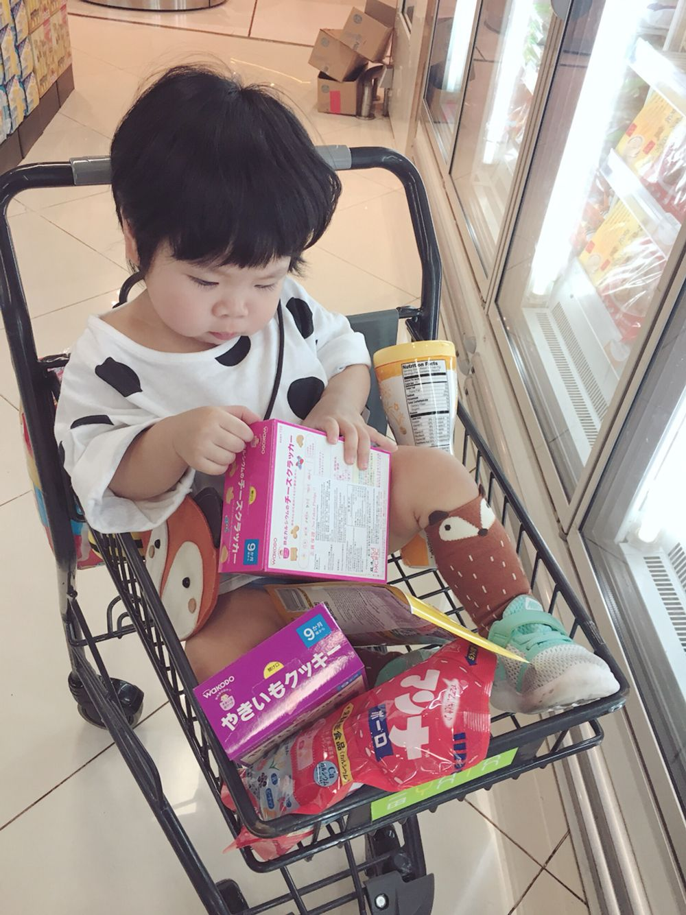 Nobody can handle dot pattern better than a toddler  Korean kids fashion www.littleredcapkids.com