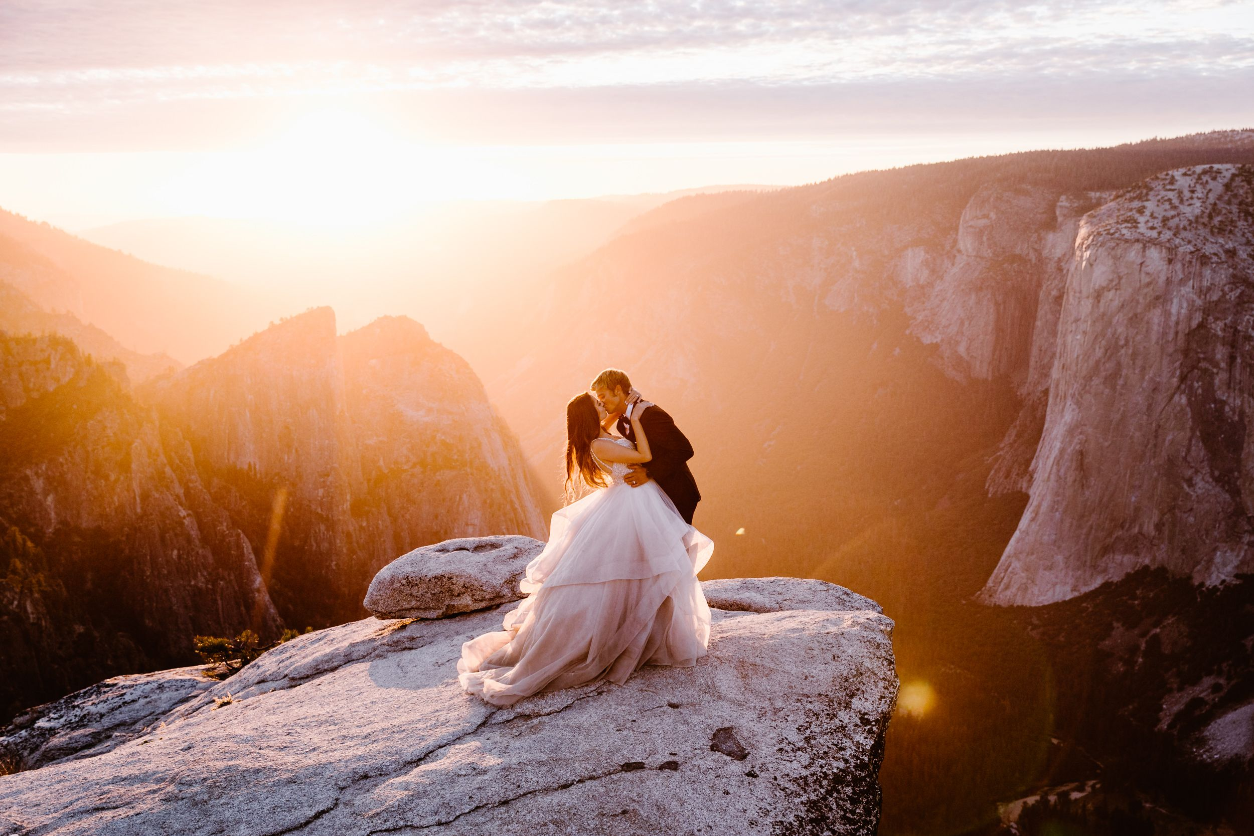 Yosemite National Park Intimate Wedding At Glacier Point Hike To Taft Point Adventure Elopement Photographer Adventure Wedding Elopement Photographers I Adventure Elopement Yosemite Wedding Adventure Wedding Photography