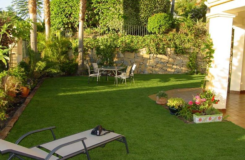 6 tips para jardines minimalistas patios gardens and house for Patios decorados