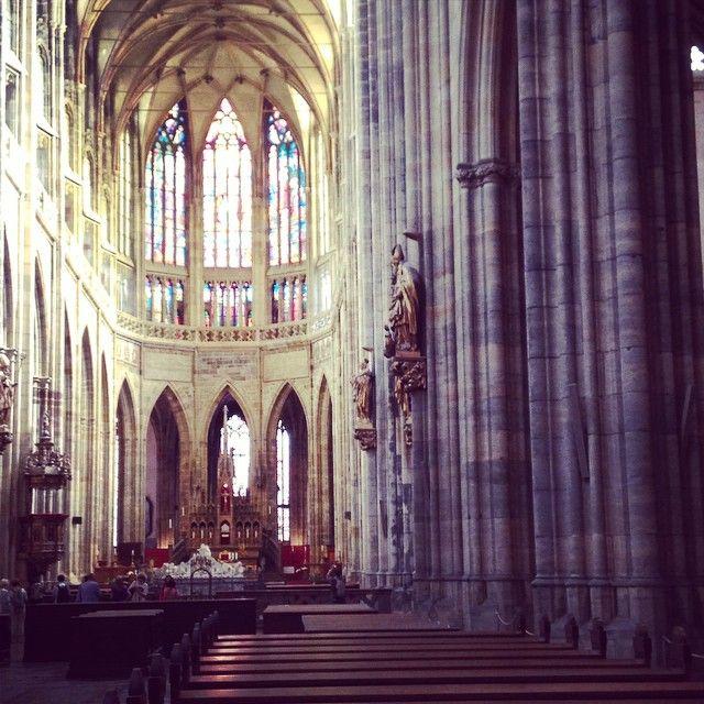 @Birchbox: Mon blog, ce sera aussi des bons plans voyage. Je suis tombée amoureuse de Prague il y a cinq ans, une ville qui regorge de secrets. Je les découvre au fur et à mesure de mes visites, de mes promenades avec mes amies tchèques.