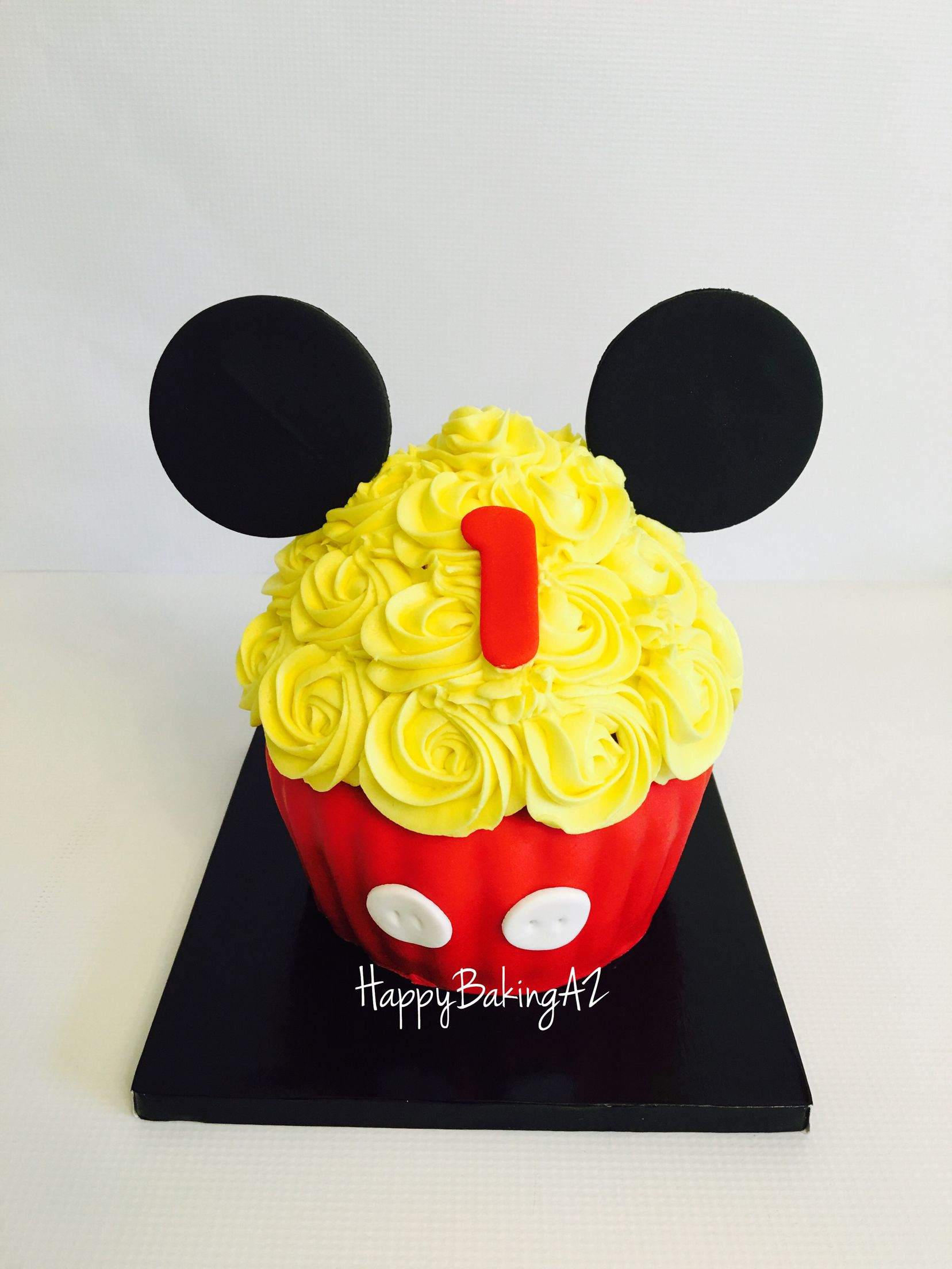 Mickey Mouse giant cupcake smash httpsmfacebookcom