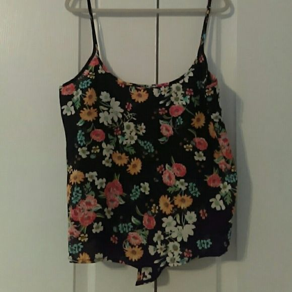 Floral crop top...low back. Cute crop top. Sexy low back. Ambiance Apparel Tops Tank Tops