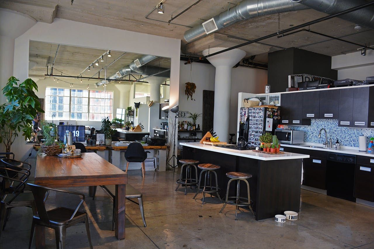 Boris u mariaus industrial la loft with a vintage twist la lofts
