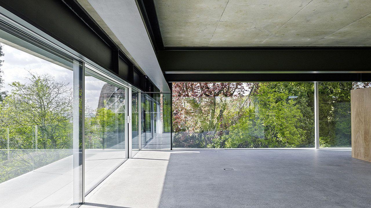 festverglasung und rahmenlose schiebefl gel fliessender bergang von innen nach aussen. Black Bedroom Furniture Sets. Home Design Ideas