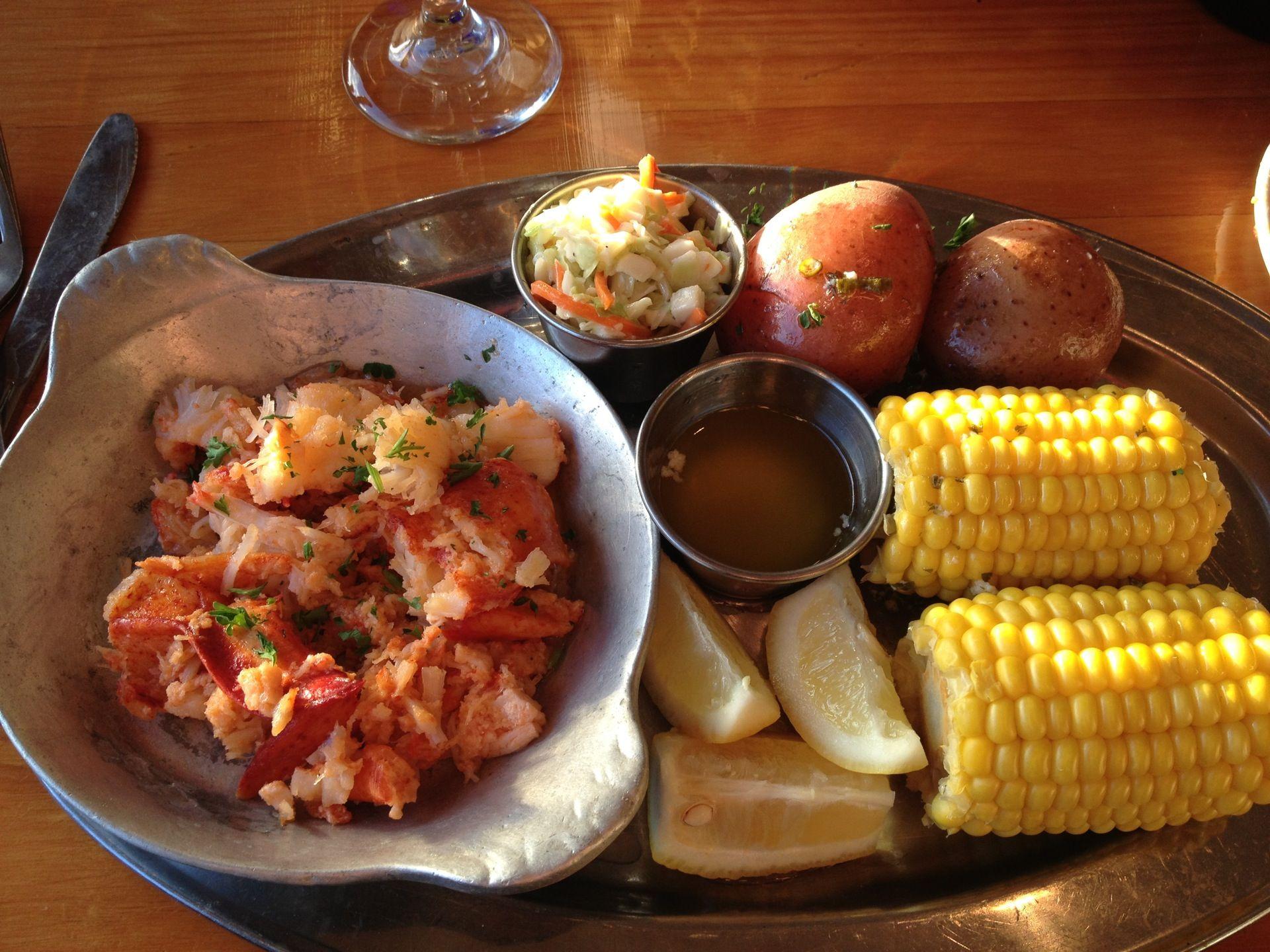 Home port restaurant en menemsha ma restaurant food