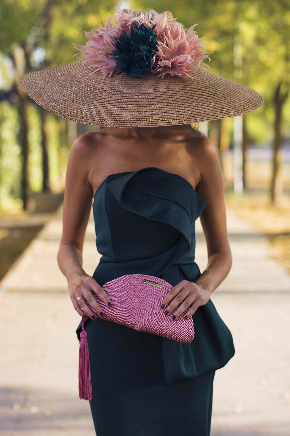 33aaaa6a7 clutch bolso fiesta rosa olvido madrid | Things to Wear en 2019 ...