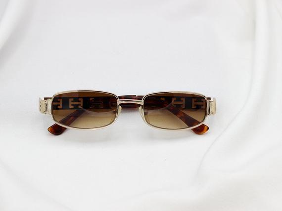 6d6cb76013a Square 90s Sunglasses
