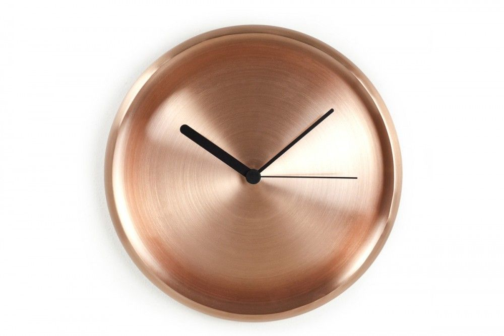 Turi Wall Clock Reveals The Beauty Of Copper Designboom Shop Wall Clock Clock Clock Wall Decor