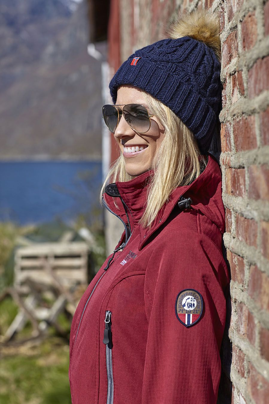 Get This Beautiful Softshell By Scandinavian Explorer At Mallofnorway Com