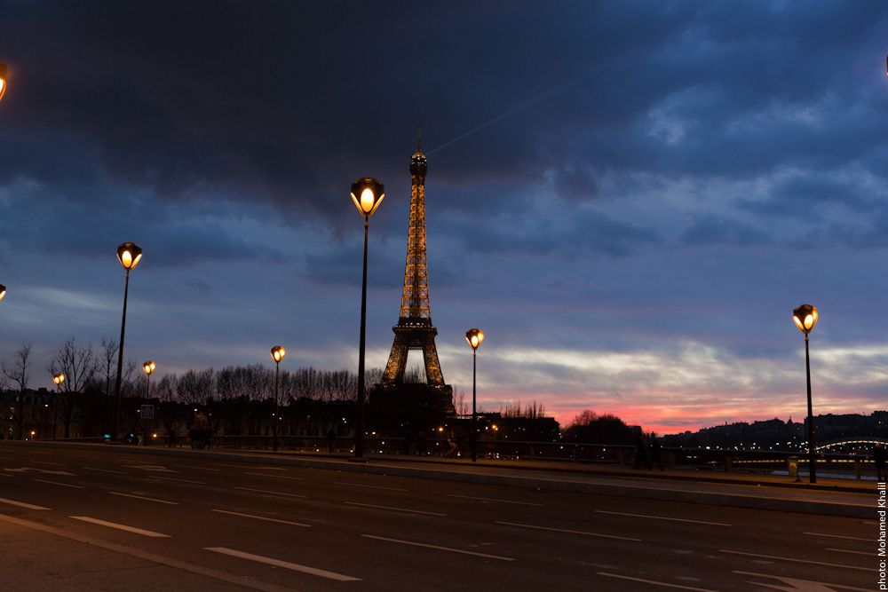 Other Beautiful #Sunset in #Paris.  View on the #EiffelTower.    Photo: (c) mohamedkhalil.tumblr.com  Great artist, click  the link to have a look at his pictures :)  Planning a trip to Paris? Book a #room  at Cadran #Hotel www.cadran-hotel-gourmand.com