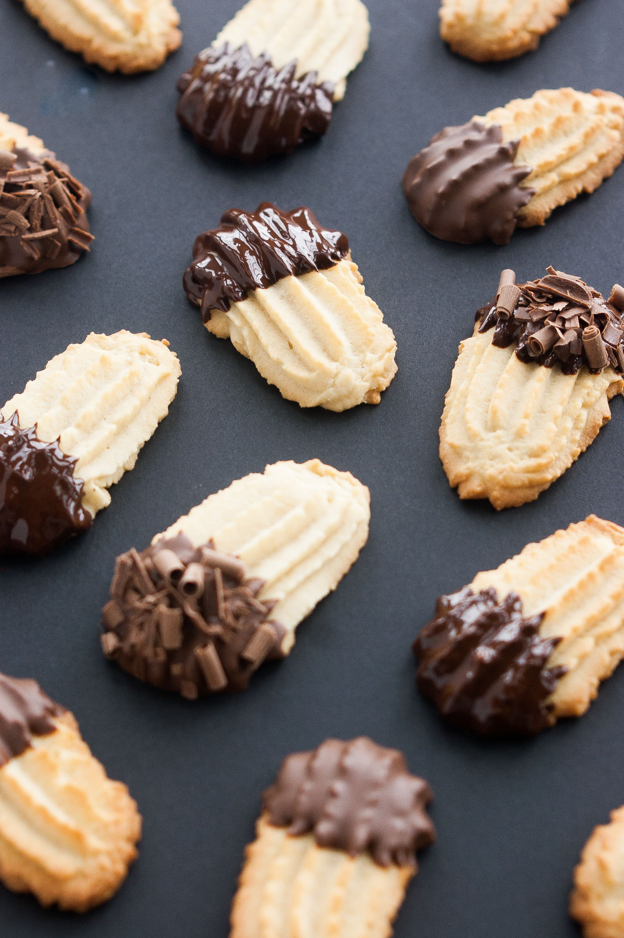 These Chocolate Dipped Italian Butter Cookies Make An Elegant Addition To Your Christmas Cookie Plates And Are Crisp Buttery Easy