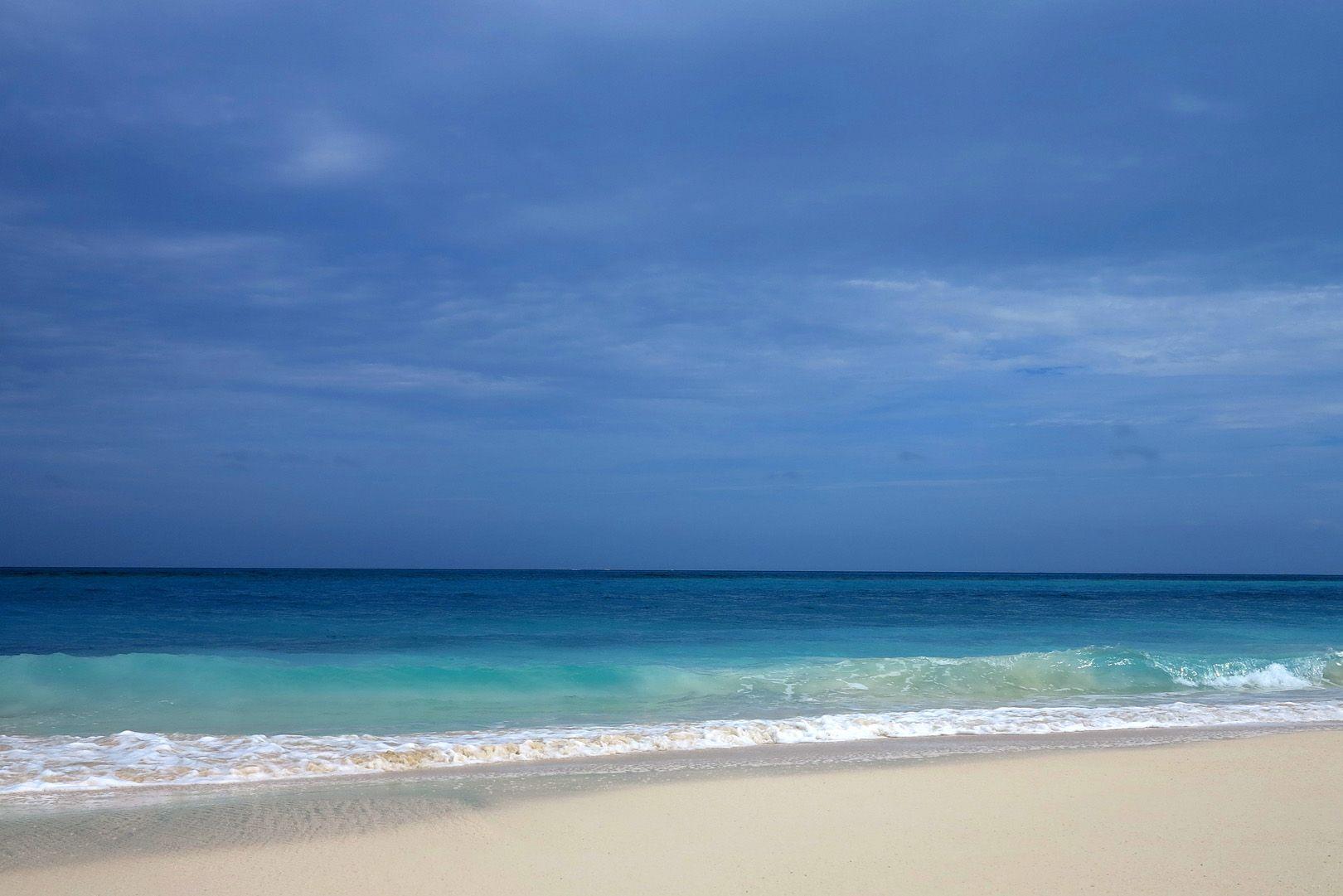 Daily Photo – April 7, 2016 Shades of blue at Gillam Bay, Green Turtle Cay, Abaco, Bahamas.
