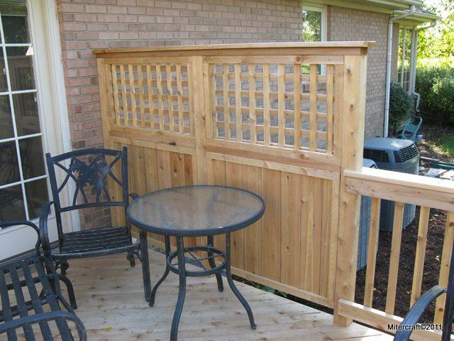 Deck privacy lattice privacy fence solid board with for Privacy partitions for decks