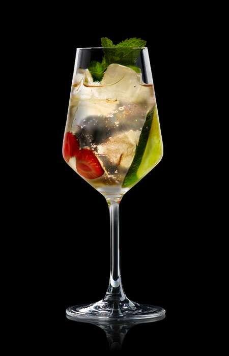 http://www.schweppes.de/mixen/cocktails/lillet-vive | Getränke ...