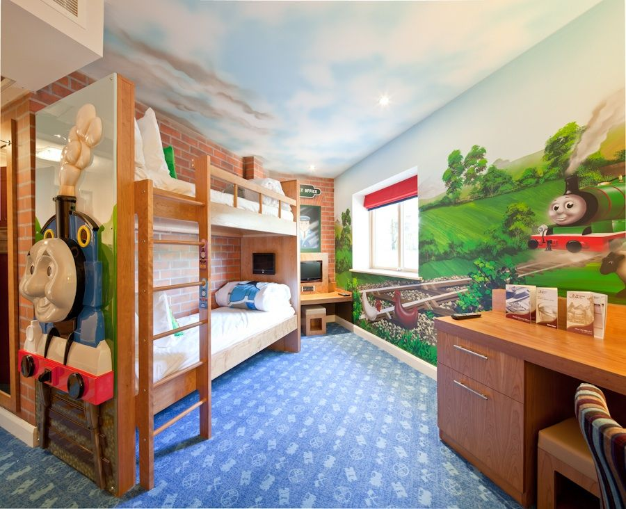 Thomas & Friends themed bedroom at Drayton Manor Hotel | Thomas ...