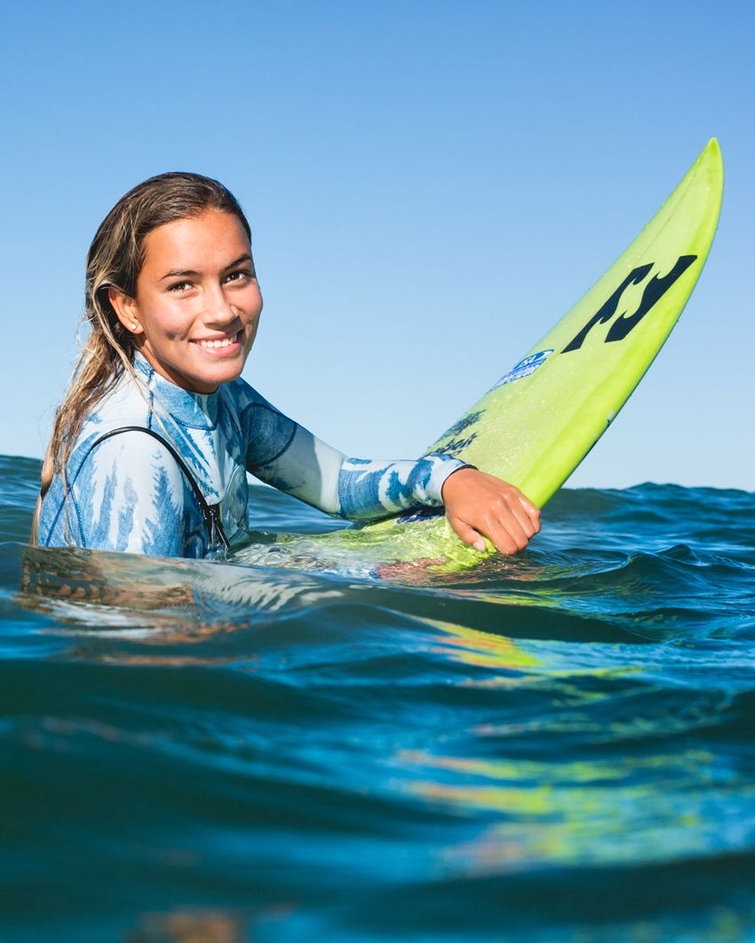 f97f7cd576 always happy when at sea Surfing Girls