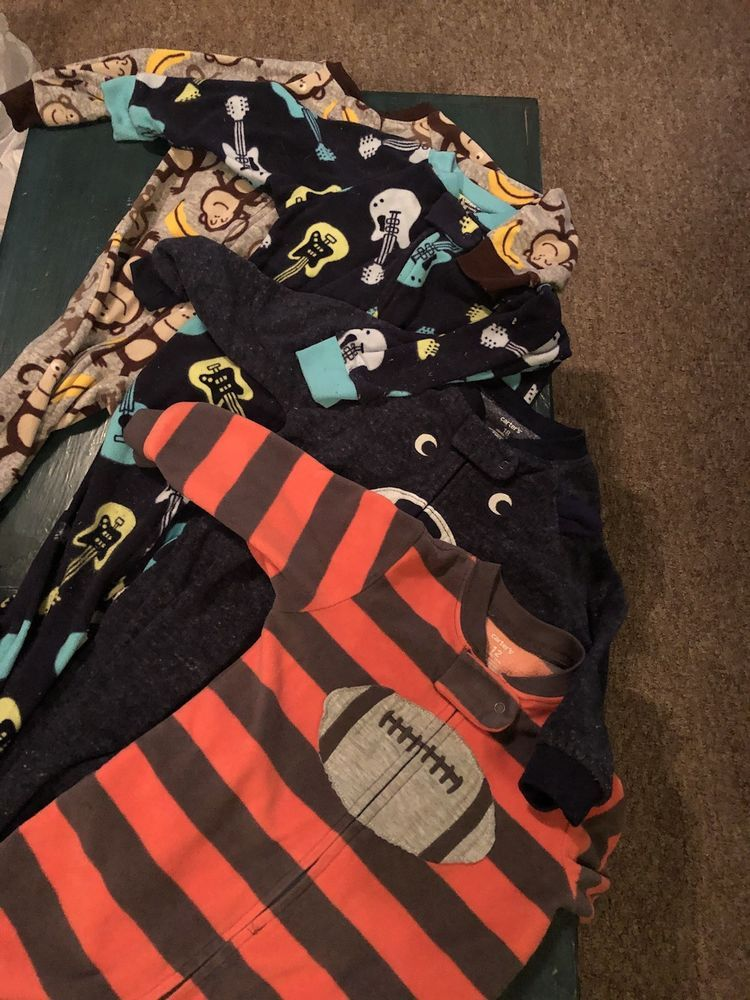7b0e46ce5 Lot of 5 12-18 month Boy Carters Zip Up footed pajamas -Fleece ...