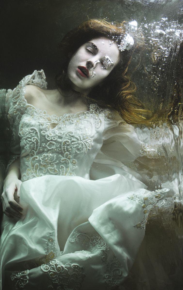 Photographer: Mira Nedyalkova Model: Nicole Andrea